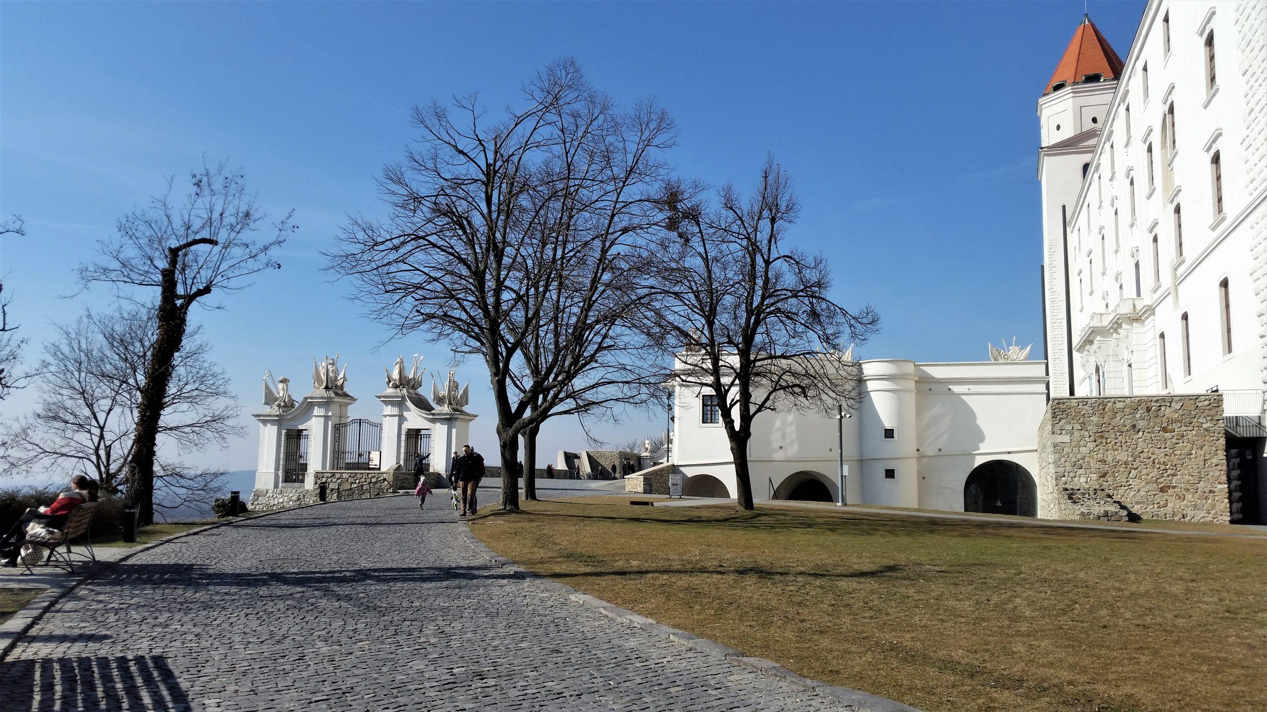 Burg Hinterhof